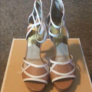 Brand New Michael Kors Beige/White Heels Size 10